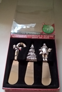 Christmas Spreaders Santa Claus, Candy Cane & Christmas Tree