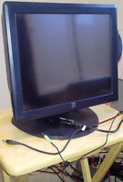 """Elo Touch Solutions — 1729L 17"""" Desktop Touchmonitor"""