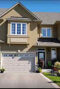 """Modern,""""Furnished"""" 2&3 Beds,2 Bath,2 park,TownHome/Homes/Condos"""