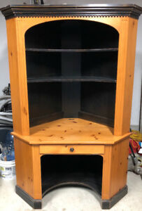 Woodcraft solid pine corner desk