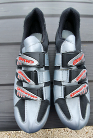 Gearne cycling shoes