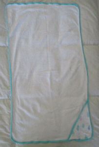 diaper change pad and towels Oakville / Halton Region Toronto (GTA) image 3