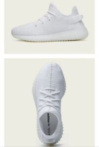 YEEZY 350 V2 TRIPLE WHITE DS SIZE 9