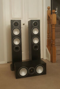 Monitor Audio Silver 6 Tower Speakers and Silver Center Speaker