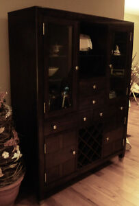 Broyhill China Cabinet/Dining Buffet