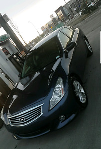 2010 Infiniti G37x Fully loaded - price reduced