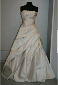 Wedding gown and accessories