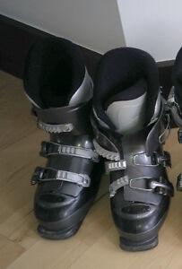 Kids' downhill ski boots, mondo size 22, good condition