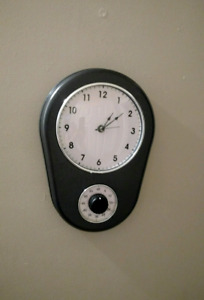 Retro 50's Wall Clock