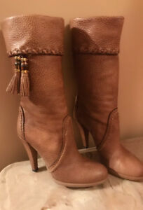 Gucci Leather Boots *Mint Condition*