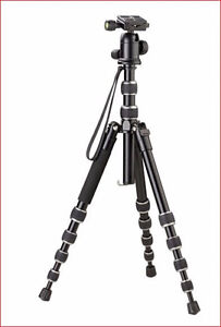 Looking for a great Camera Tripod for half the Retail Price? London Ontario image 1