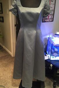 Platinum/Silver Colour Bridesmaid/Prom/Grad Dress Size 8-10