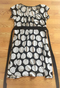**WOMEN'S BLACK & WHITE POLKA DOT DRESS FOR SALE-SIZE XL**
