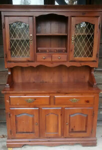 *** SOLID WOOD DINING ROOM SET *** London Ontario image 1