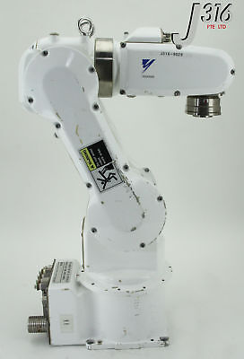 9029 Yaskawa Motoman Robotic Handling Arm Yr-crj3-a02