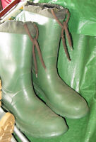 Men's Size 12 Rubber Boots, Not Safety, Not Lined.