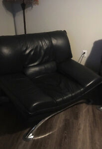 3 PIECE FAUX LEATHER LIVING ROOM SET FOR SALE!!!