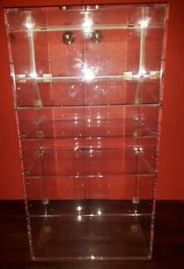 RETAIL STORE DISPLAY CABINET / CIGAR HUMIDOR CASE
