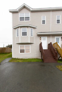 88 Faulkner St –Newly Renovated 3 Bdrm 3.5 Bath Minutes from M