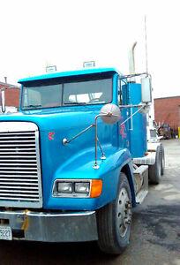 Frieghtliner Truck 1997 Raglan Trailer 2005