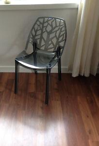 """Cornelia"" Transparent Grey Chair"
