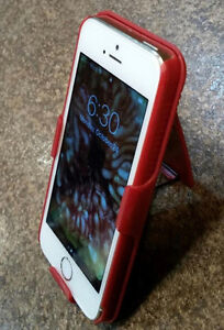 iPhone 5S 16G Unlocked, Very Good Condition