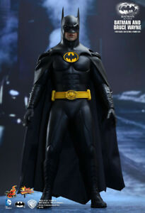 Hot Toys 1/6 Batman Returns - Bruce Wayne & Batman in store!
