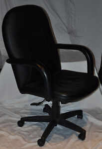 Mid-Back Leather Managers Chair Kingston Kingston Area image 3