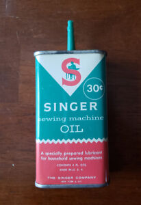 Antique Singer 30 cent- Oil Can -great condition