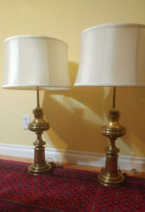 Vintage Stiffel heavy brass pair of lamps beautiful