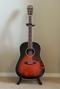 Saga Solid Top Acoustic Guitar with Hard Shell Case London Ontario image 3