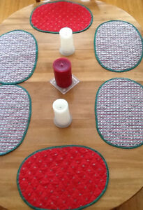 PLACEMATS, TABLECLOTHS, DISH DRYING GLOVES $5-$10