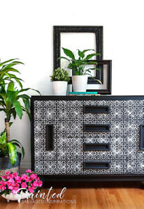 BLACK AND WHITE FRENCH TRELLIS BUFFET
