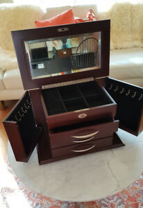 Quality Large Jewellery Jewelry Box Chest