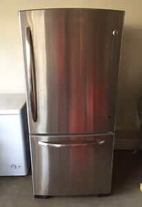 GE fridge freezer combo