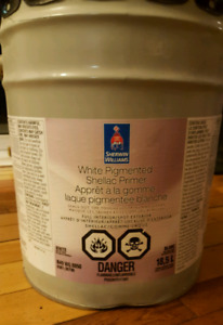 8 Pails of Sherwin Williams - White