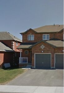 Like new end unit town house: 1 garage,Central-air,5 appliances