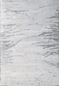 $8k Stunning bamboo silk hand knotted area rug - white - 9x12