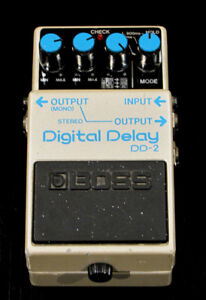 Boss Digital Delay DD-2 (Vintage, très rare, Made In Japan)