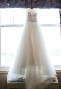 Allure Wedding Dress (Size 2)