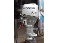 30HP HONDA FOUR STROKE LONG SHAFT, ELECTRIC START OUTBOARD ENGINE. Delivery is an option.