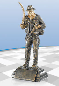 Angeln Angler Figur Pokal Pokale Resin *NEU* 23 cm inkl. Gravur