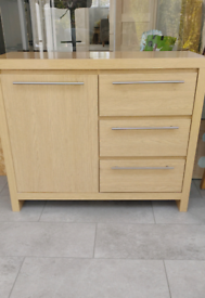 Small oak effect sideboard/cupboard
