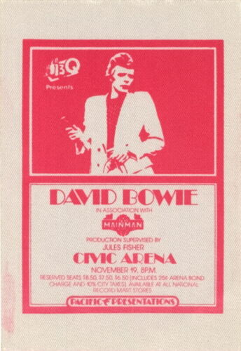 DAVID BOWIE 1974 DIAMOND DOGS TOUR CIVIC ARENA BACKSTAGE PASS / NMT 2 MINT