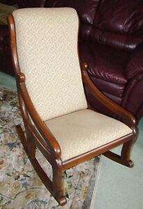 ESTATE-ANTIQUE-VICTORIAN LADY/CHILD SMALL ROCKING CHAIR