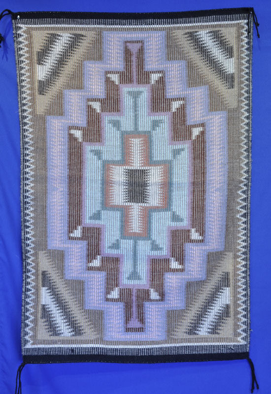 Rare New Lands / Blue Canyon Navajo Raised Outline Rug in Mint condition c.1990
