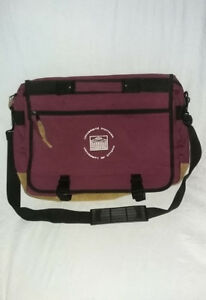 University of Ottawa Messenger Bag