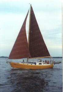 Ocean experienced live aboard Sailboat dream