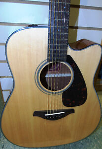 Yamaha Acoustic Electric Guitar Peterborough Peterborough Area image 3