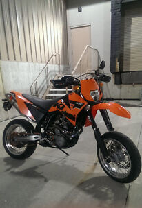 KTM 625 SMC in great cond. w/ Akrapovic pipes, new r/tire etc.